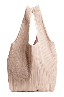 Pleated shopper